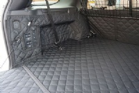 Landrover Discovery 5 (2017 onwards) (Without Air Vent) Quilted Waterproof Boot Liner