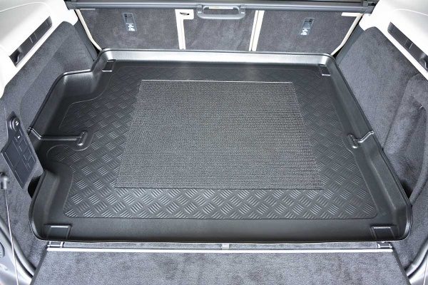 Land Rover Discovery 5 (No ICE)(2017 onwards) Moulded Boot Mat image 2