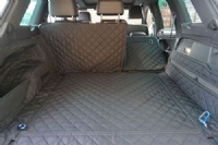 Volkswagen Touareg (2010 - 2018) (With Left Side Pocket) Quilted Waterproof Boot Liner