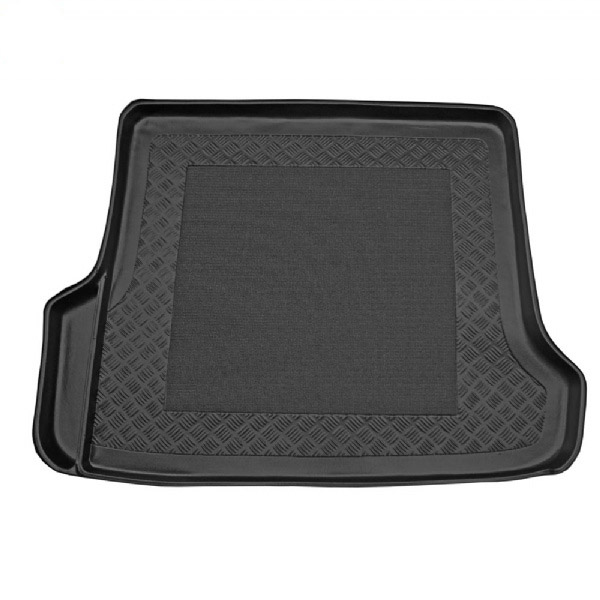 Volvo Xc70 2000 2007 Moulded Boot Mat From Simply Car Mats